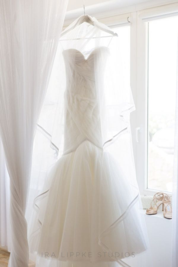 1-weding-dress5F0098A1-9AE0-8E29-B907-15EFAA473209.jpg