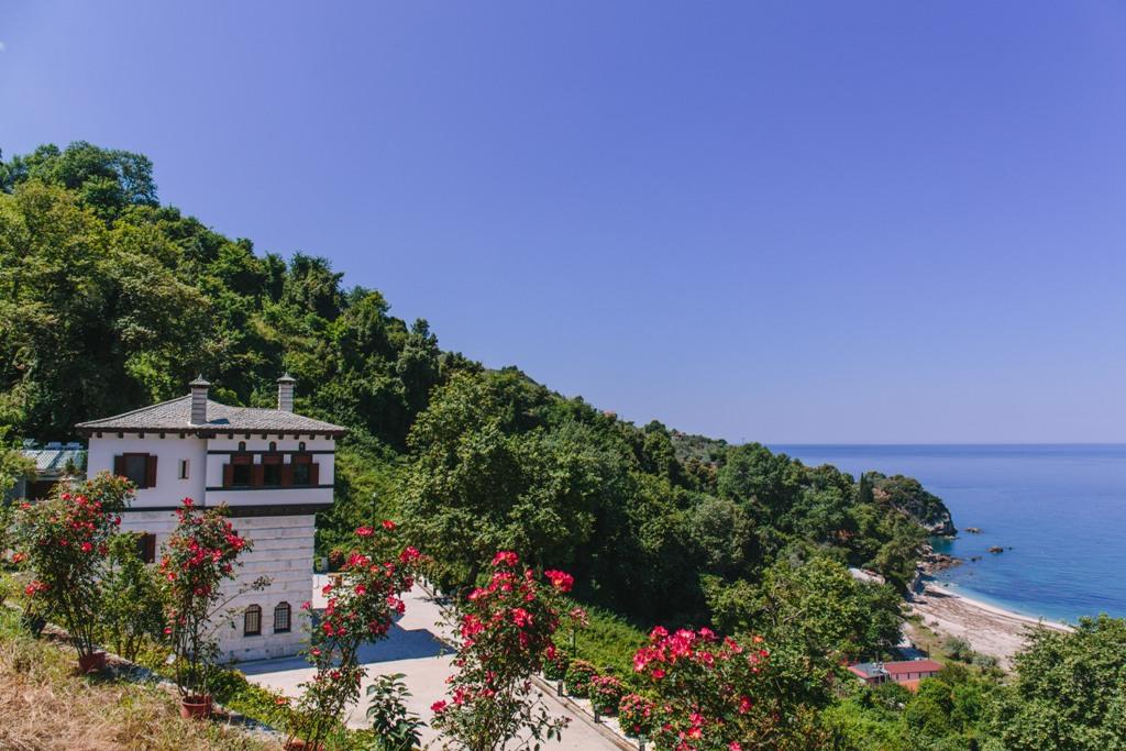 Pilion Villa